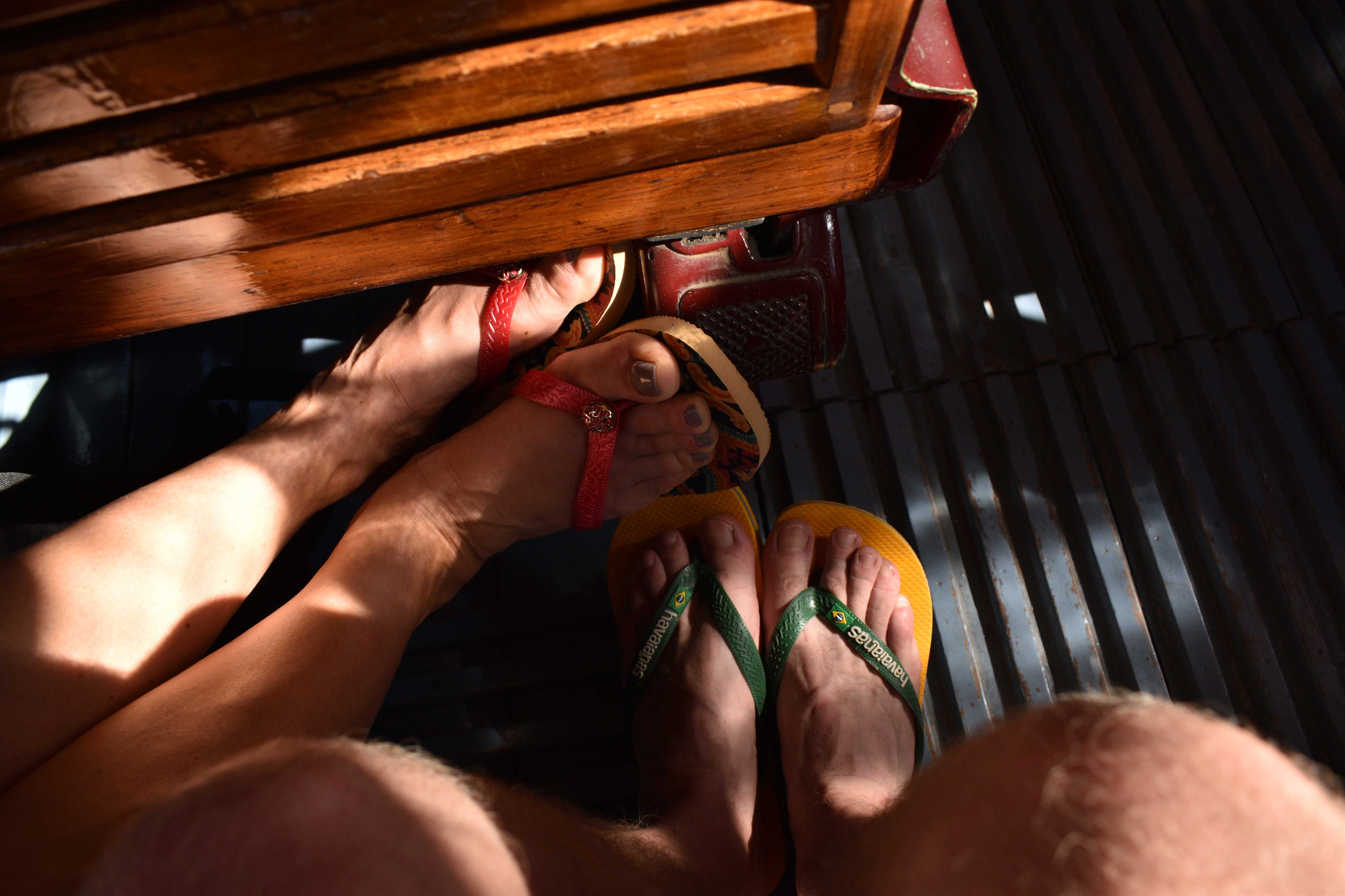 flip flops his and hers