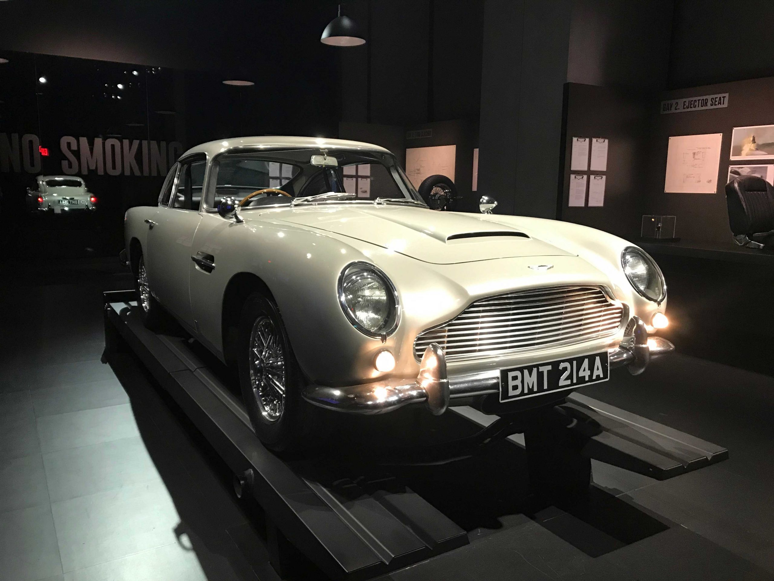aston martin db5 inside spyscape