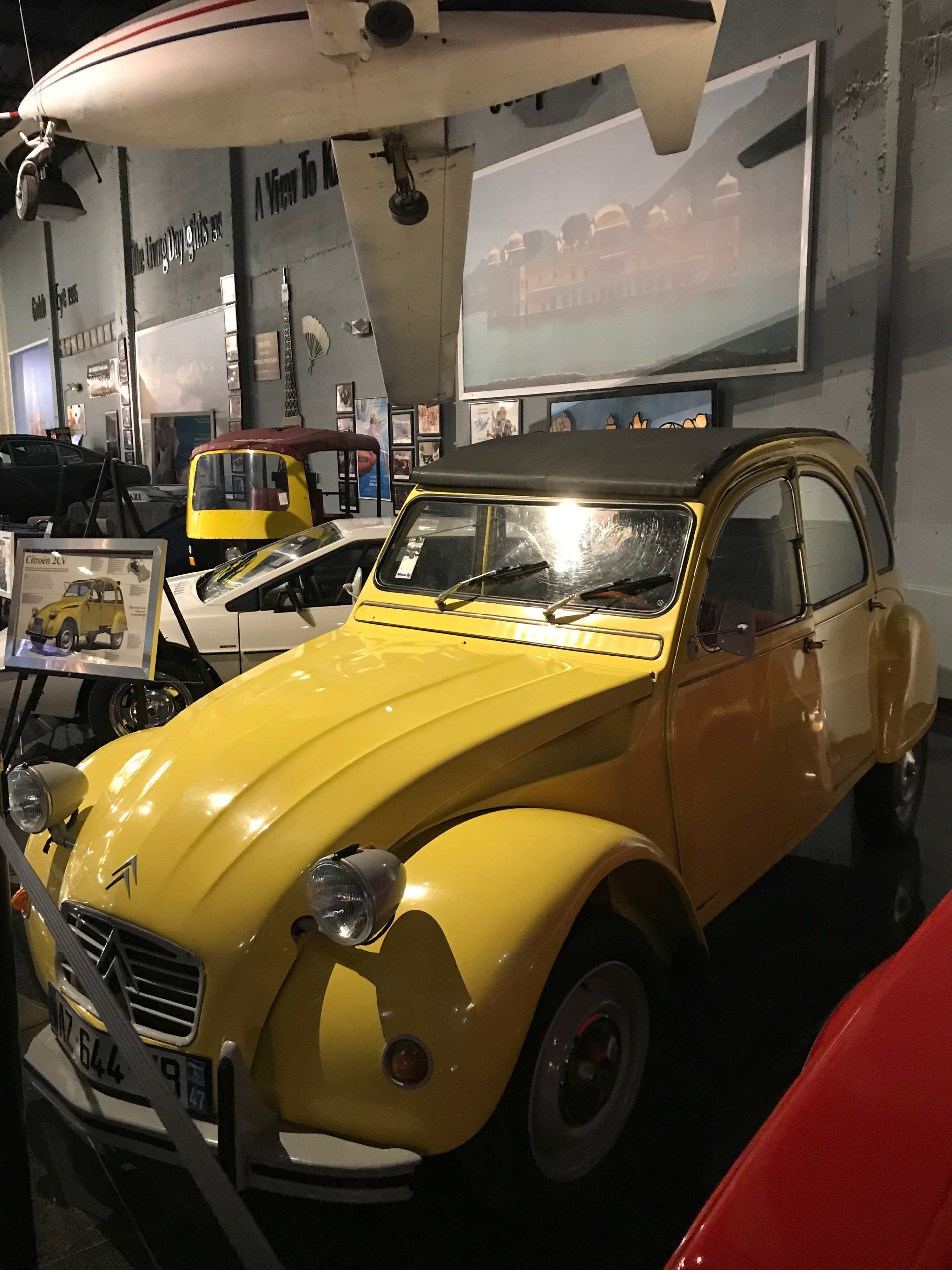Bond cars in the dezer collection Citroen