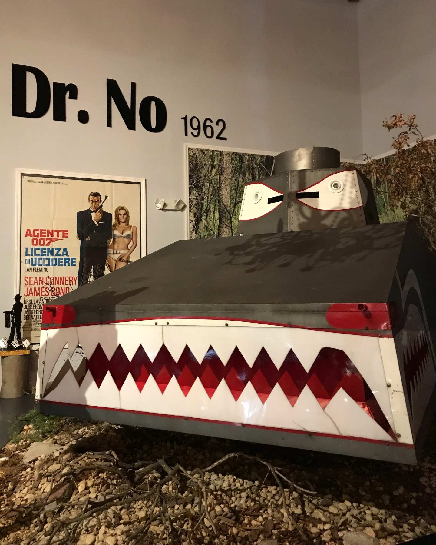 Dr No Tank in the Dezer Collection
