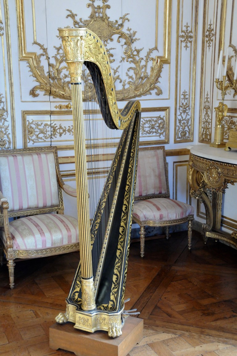 Harp inside Chateau De Chantilly