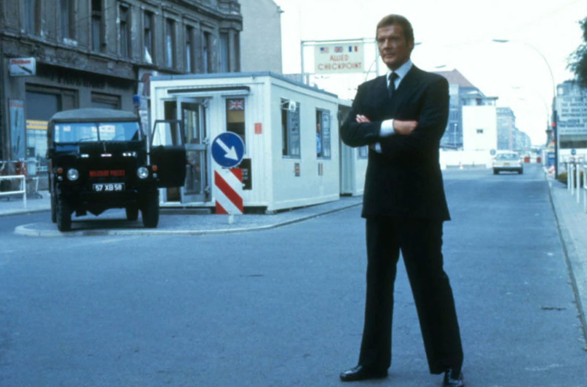 James Bond in Berlin roger moore checkpoint charlie