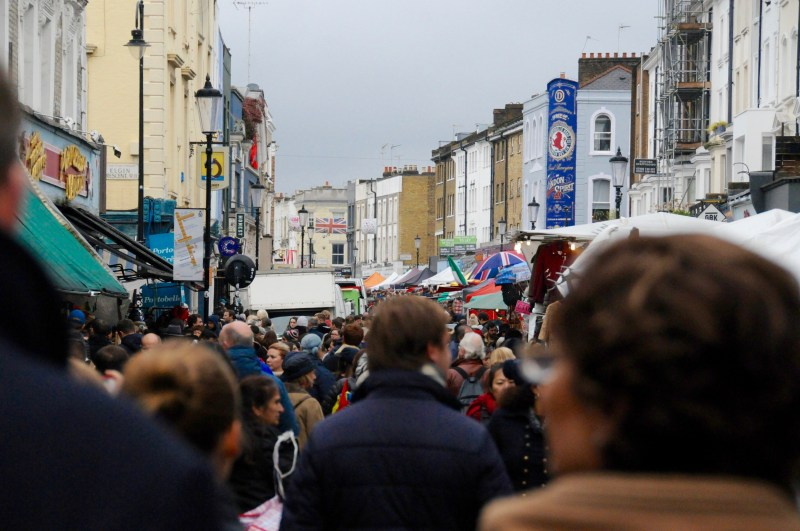 notting hill packed market day