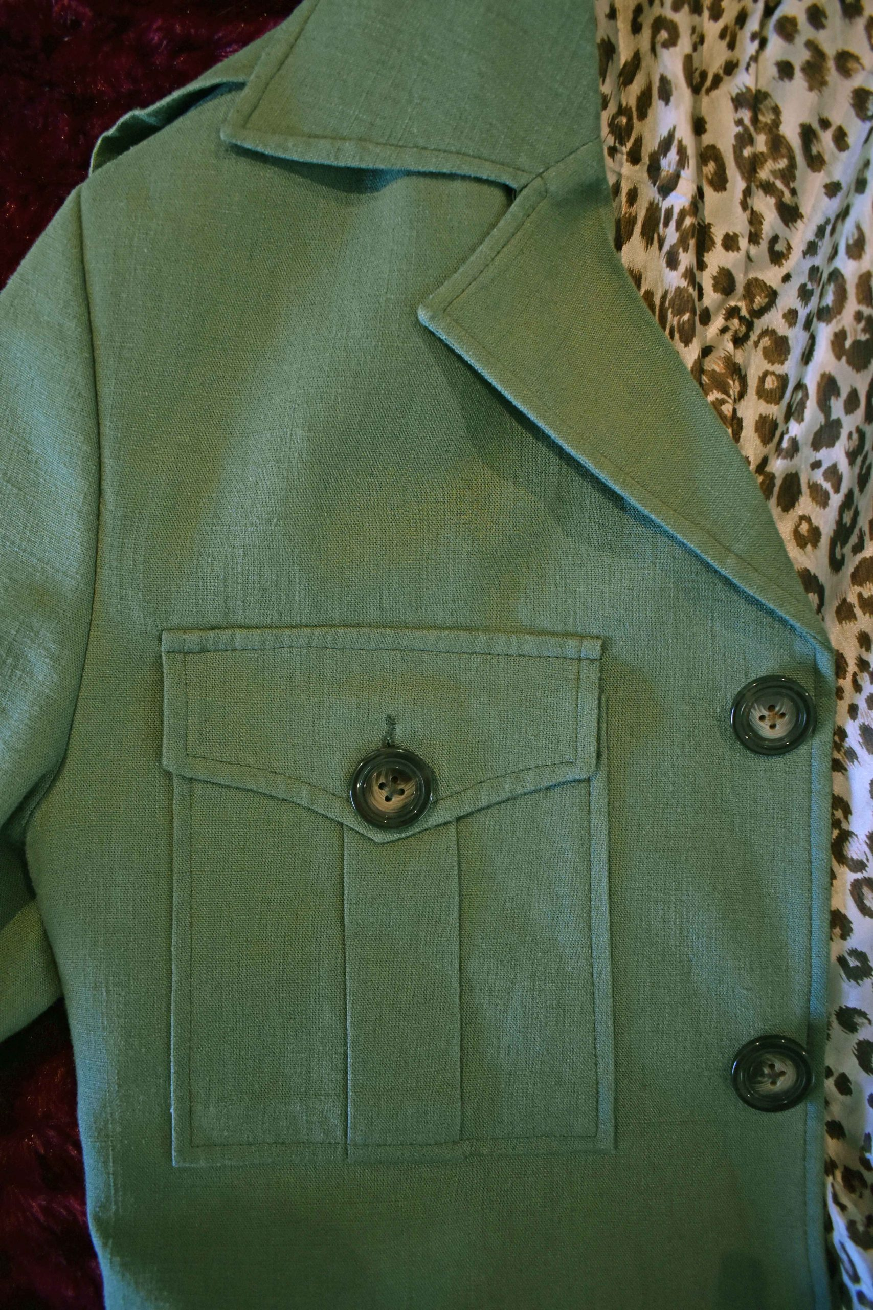 safari suit jacket details