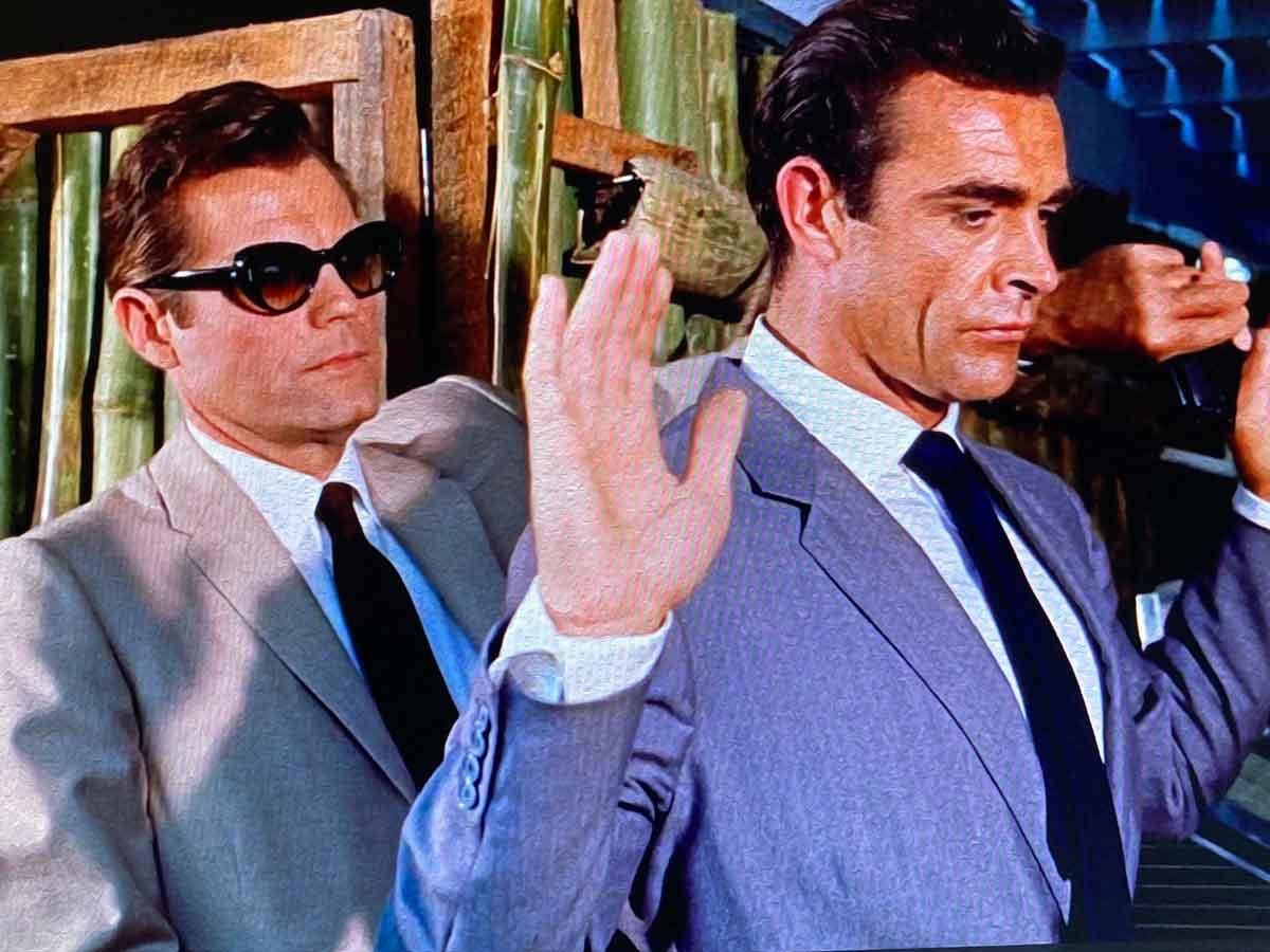 grey lounge suits in dr no Bond meets felix leighter