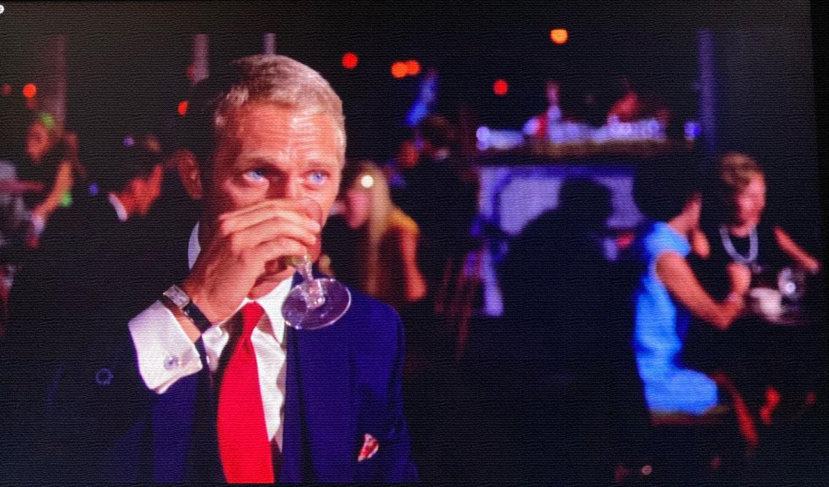 steve mcqueen drinking nice watch