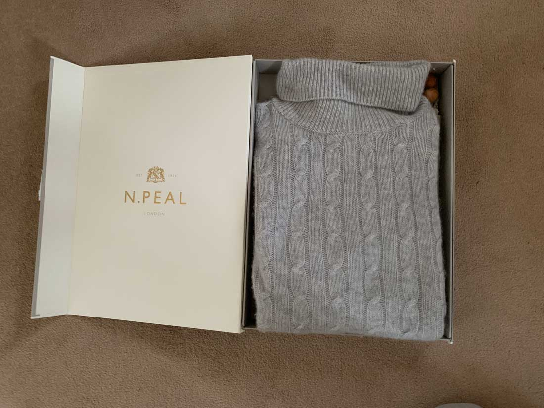 unboxing Roll Neck Cashmere Sweater