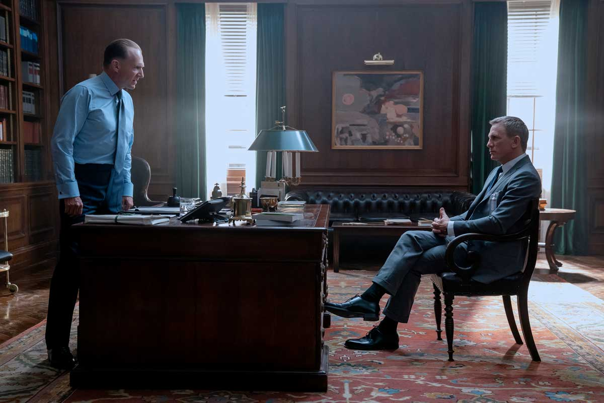 Crockett & Jones Daniel Craig Ralph Fiennes