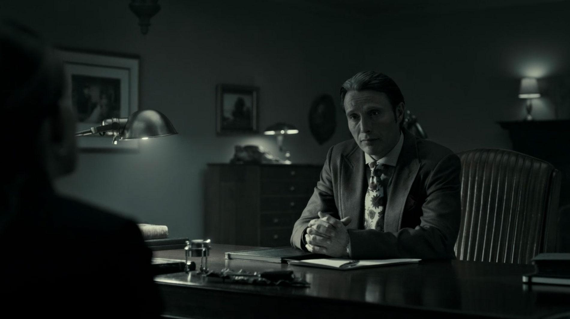 Paisley Silk Tie on Hannibal in Flashback