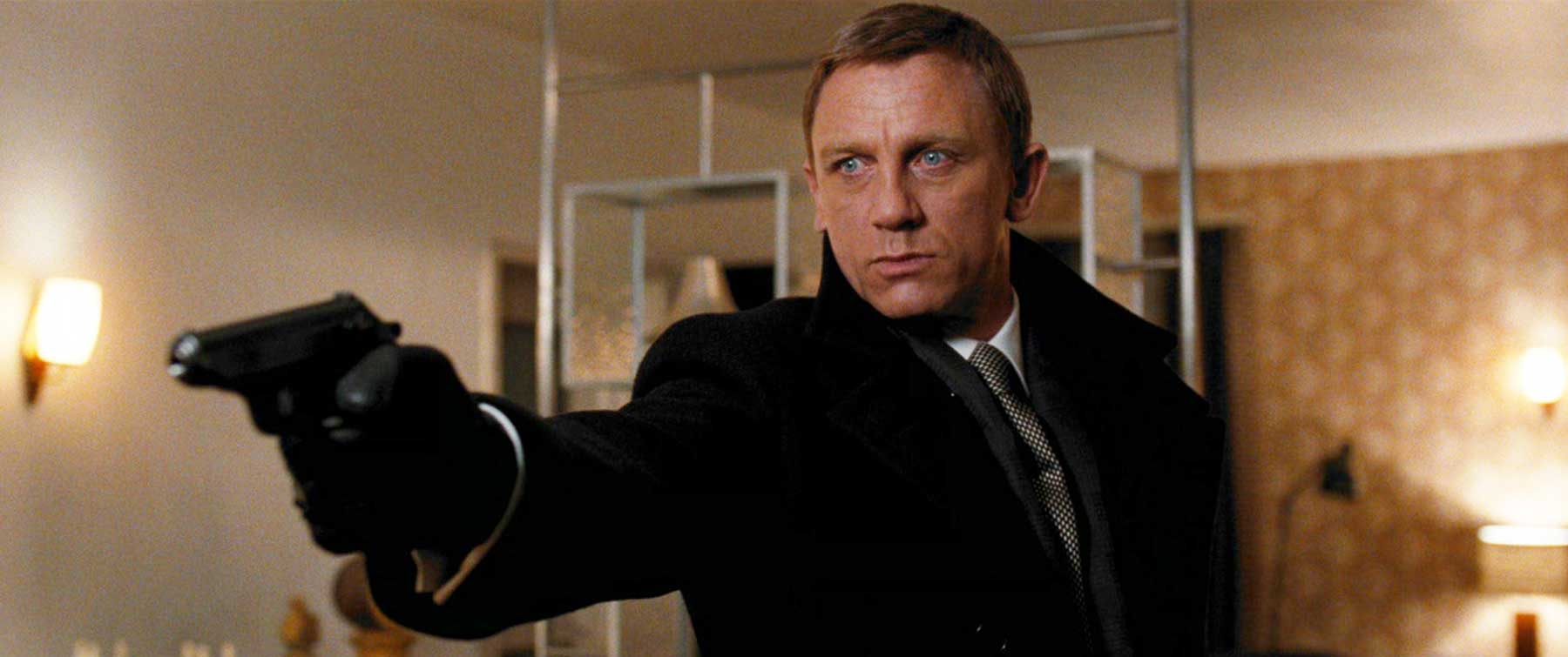 Quantum of solace ending outfit