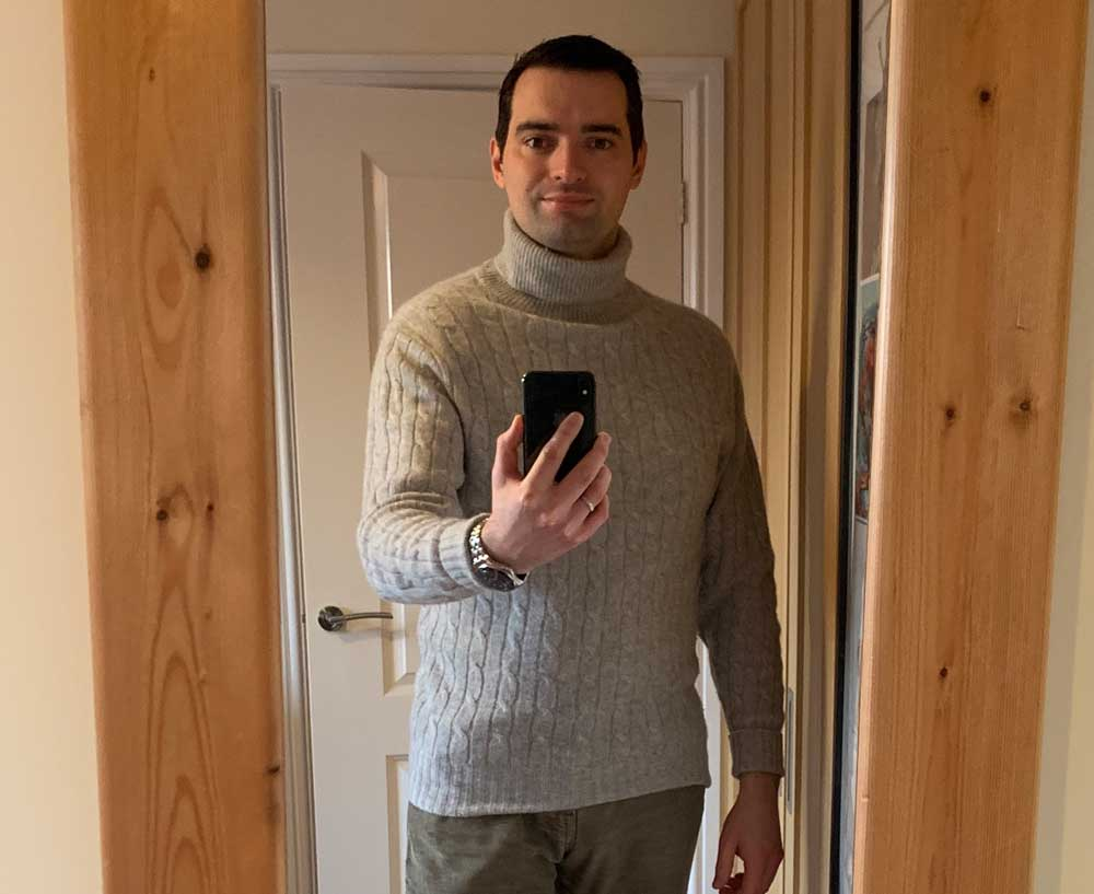 Roll Neck Cashmere Sweater Spectre