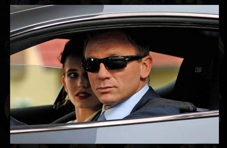 Bond wearing Persol Sunglasses in Casino Royale
