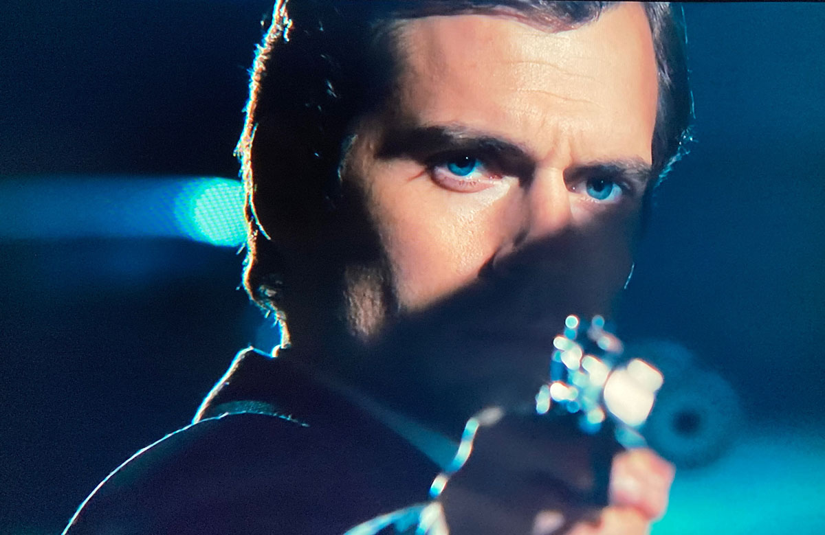 The Man From Uncle Henry Cavill gun shot