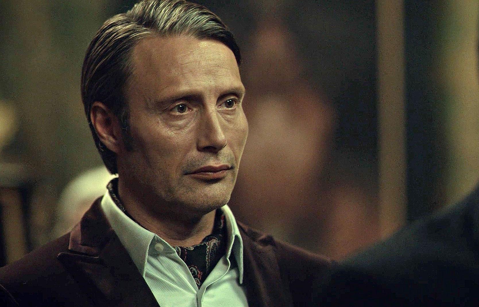 Hannibal wearing a silk paisley cravat