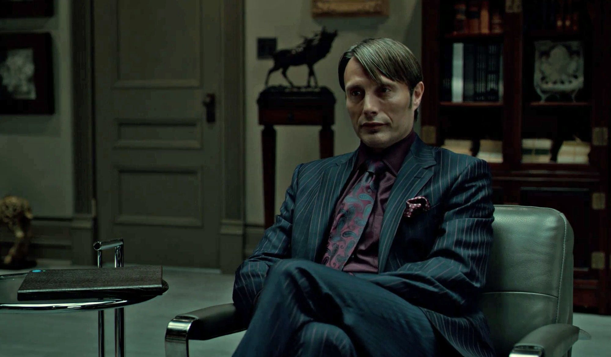 pocket square folds Hannibal sitting down