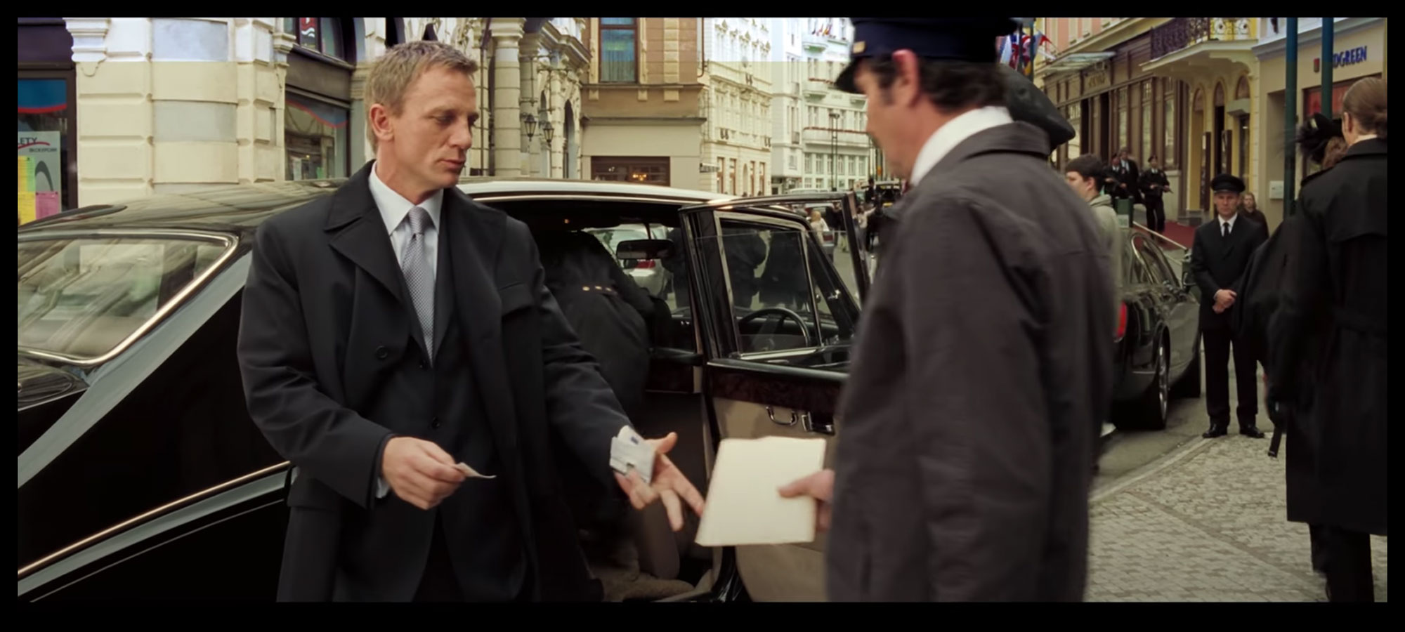 Douglas Pell Money Clip seen in casino royale Daniel craig makes a document switch with a porter