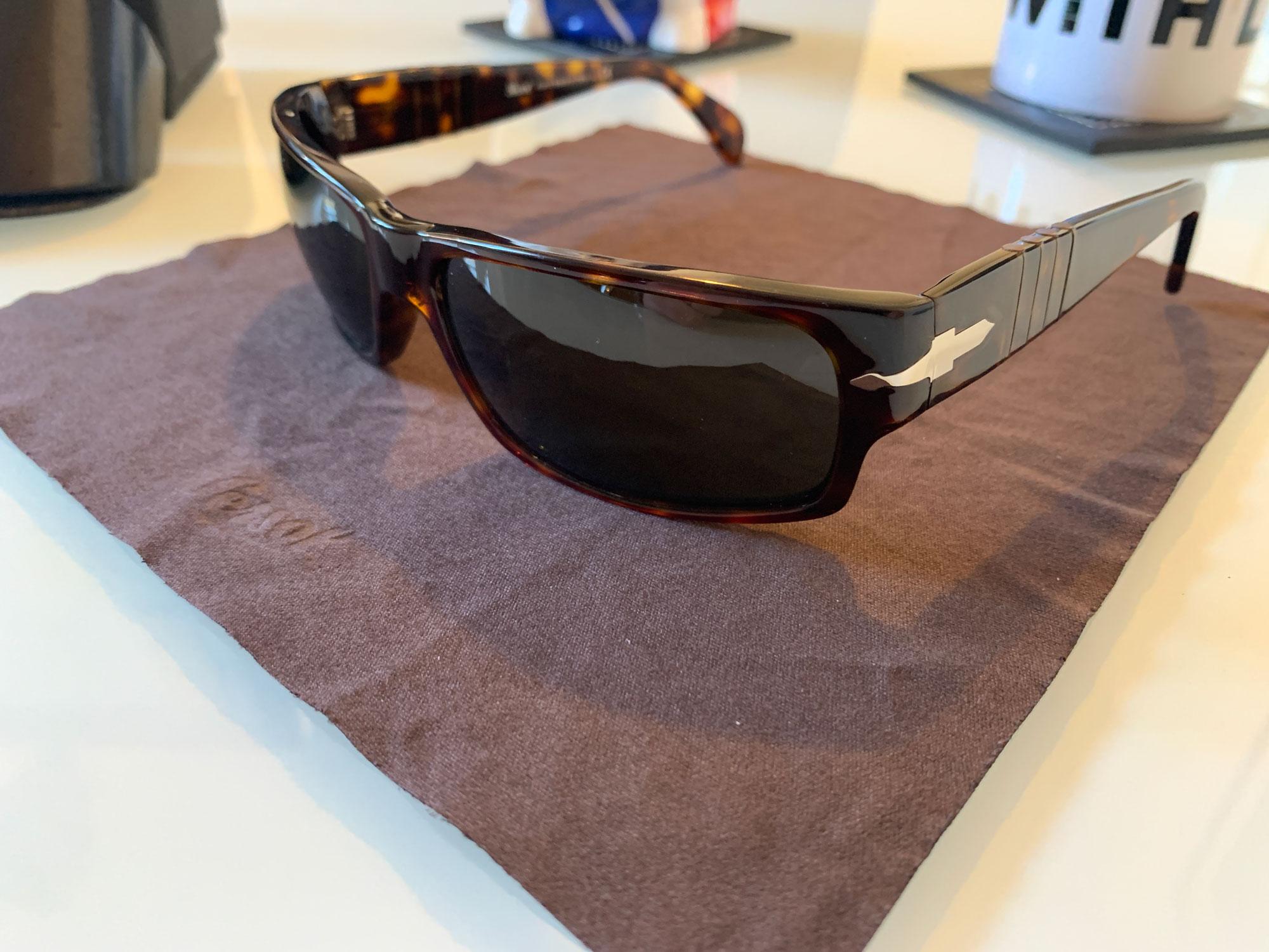 Persol Sunglasses details